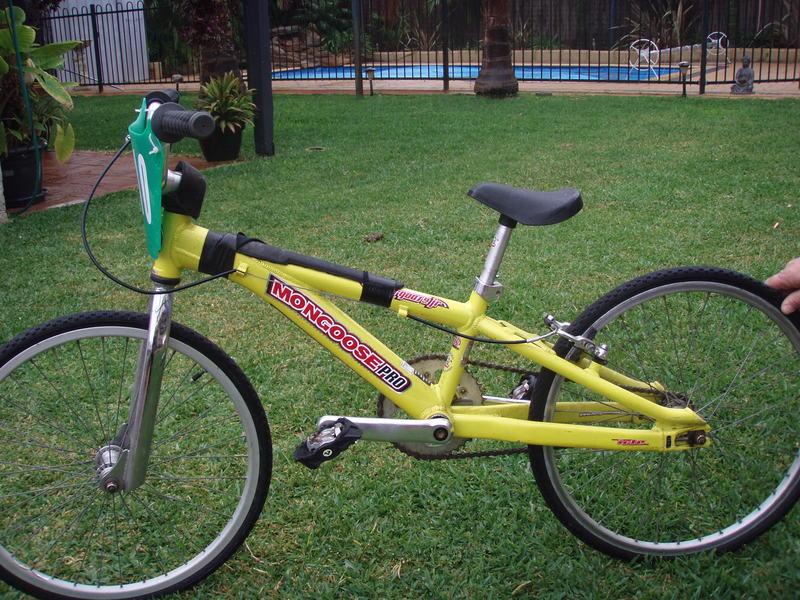 BMX Racing Bike Mongoose Pro Jnr 20 inch - Mandurah - Bikes for sale