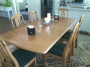6 seated dinnig table $450