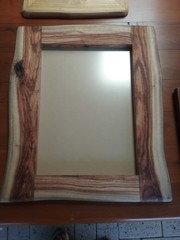 PICTURE FRAMES AND MIRRORS